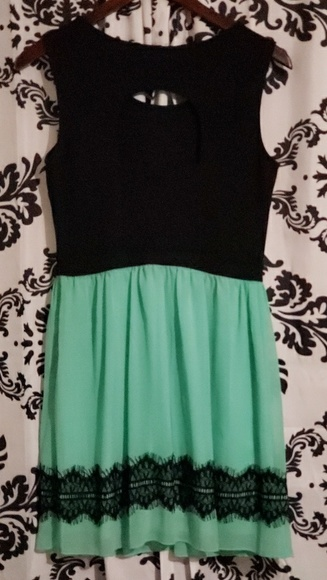 Sweet Storm Dresses & Skirts - Mint green and black  lace  dress size large